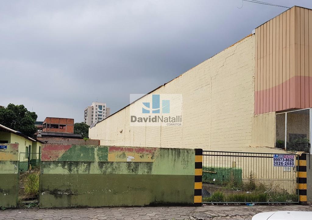 Terreno comercial com 910m² em Itararé, Vitória.