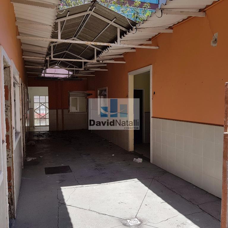 Casa com 8 salas para locação comercial em Jardim Camburi