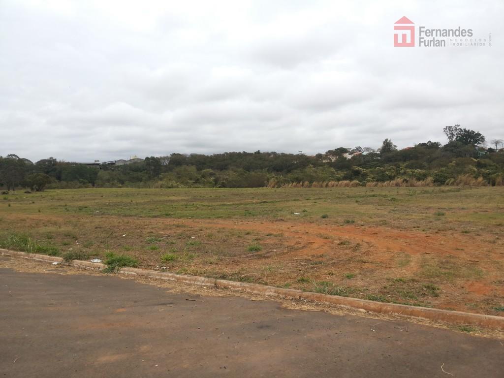localização: bairro santa terezinhacaracterísticas: área industrial planadimensão: 40 x 163m, totalizando 12.697,18m