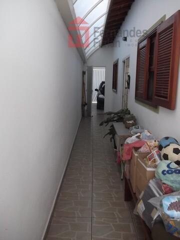 excelente casa térrea no jardim elite com 3 dormitório, sendo 1 suíte com box tipo blindex;...