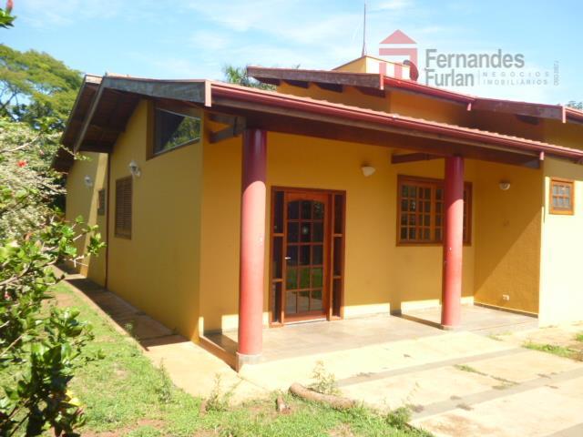 chácara no bairro santa rita com 04 dormitórios, sendo 01 suíte com closet, wc social, lavabo,...