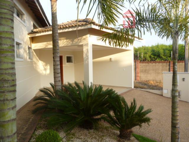 excelente casa no residencial leão, com 03 dormitórios com armários, sendo 01 suíte, sala 02 ambientes,...