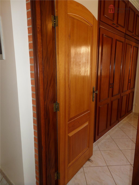 imóvel à venda - condomínio colinas de piracicaba.características: excelente chácara com casa avarandada com 3 dormitórios,...