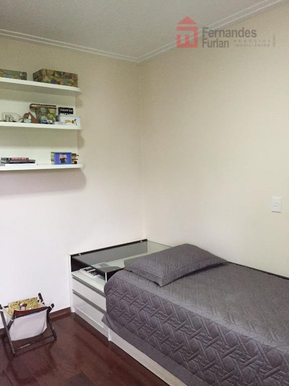 apartamento alto padrão - 3 dormitórios, suíte, todos com armário com portas de correr, wc social,...