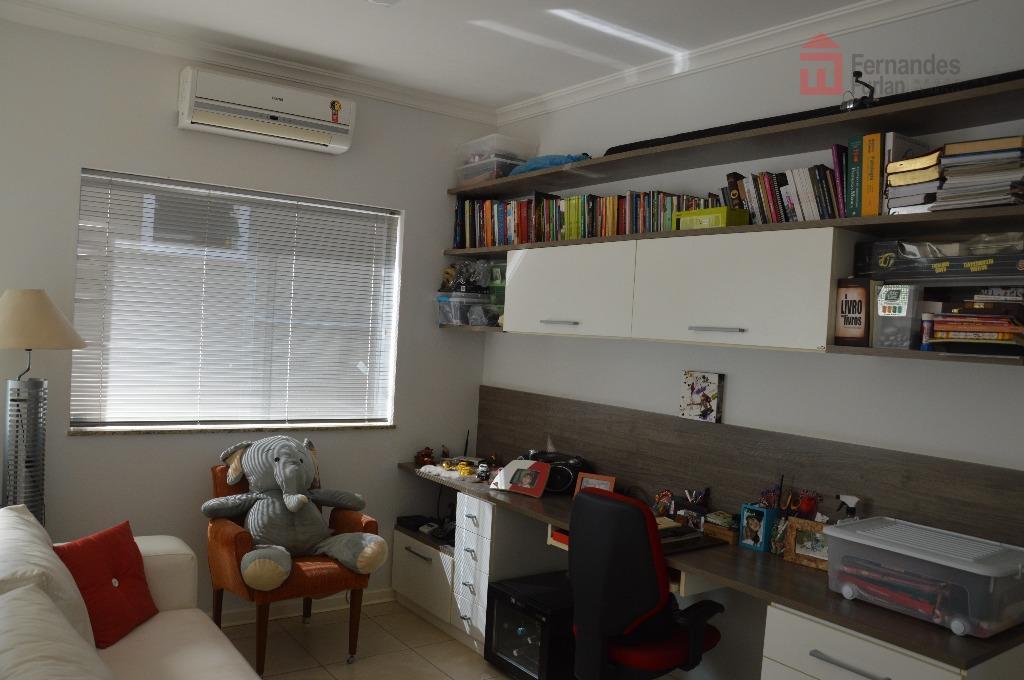 casa para venda em condomínio fechado de alto padrão em piracicabaterreno: 275,50 m2 área construída: 260,00...