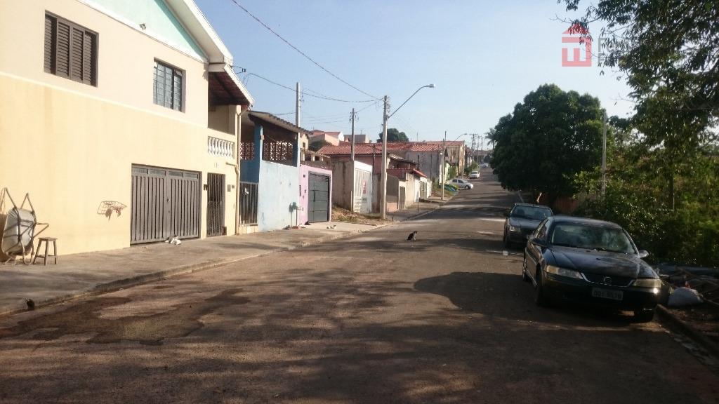 terreno em rua asfaltada com declive acentuada, - bairro santa luzia charqueada.dimensões: 10 x 33m, totalizando...