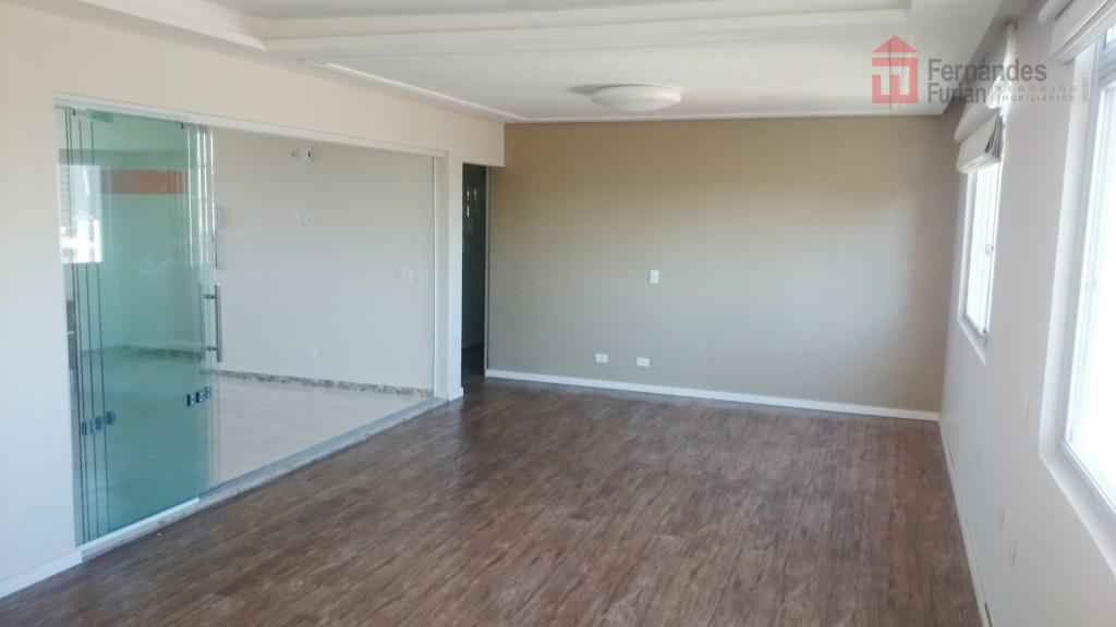 Imóvel em Piracicaba Apartamento reformado à venda, Centro