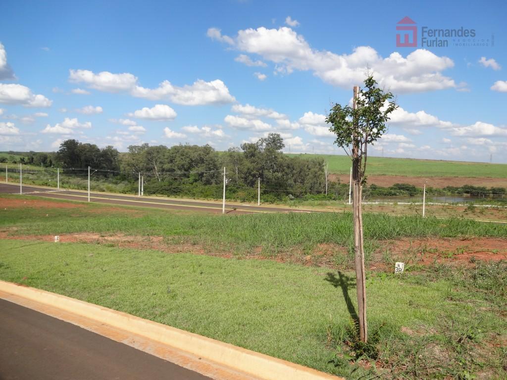 excelente terreno no condomínio vila d aquilla com leve declive, parte alta do condomínio, vista privilegiada.dimensão:...