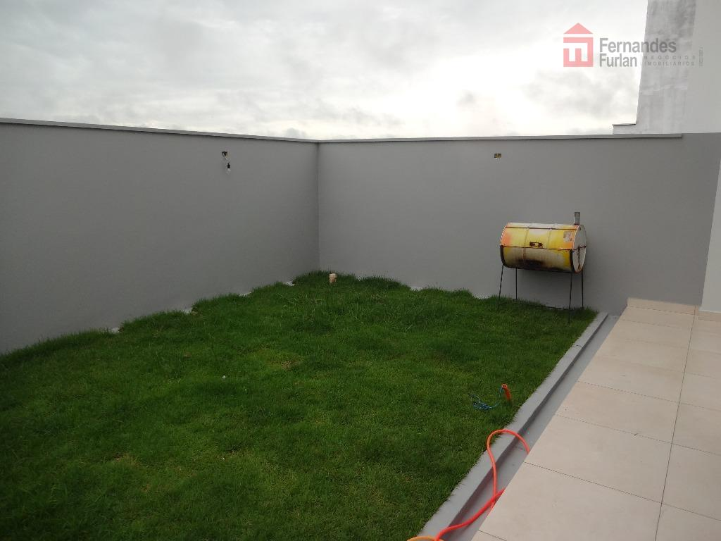 casa de alto padrão com finíssimo acabamento assobradada excelente localização no condomínio reserva das paineiras com...