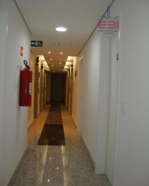lindo prédio comercial, novo!sala com 45 m², 2 wcs e 1 vaga.infraestrutura impecável.