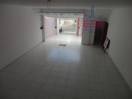 excelente sobrado novo, no contrapiso, ar condicionado em todos os ambientes, com 3 suítes amplas, sala...