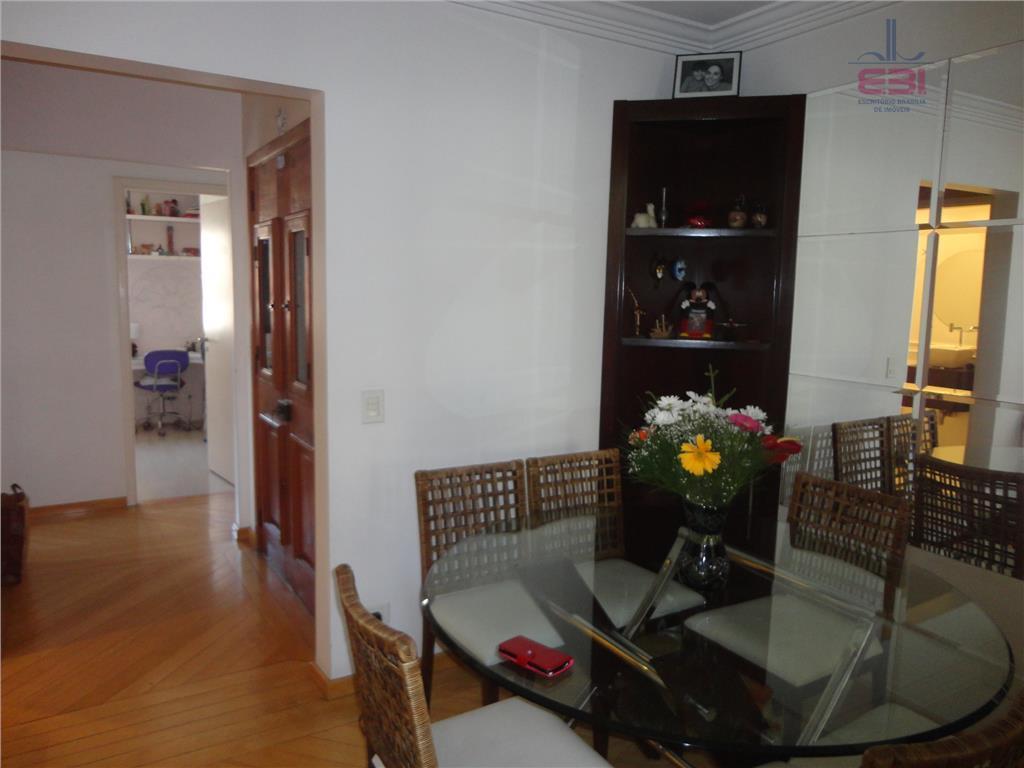 apartamento em local nobre de santana.com 125m², 3 dormitórios sendo 1 suíte, sala para 3 ambientes...