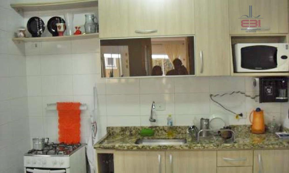 sobrado em condomínio fechado, próximo ao metrô parada inglesa.com 118m², 3 dormitórios sendo 1 suíte, sala...