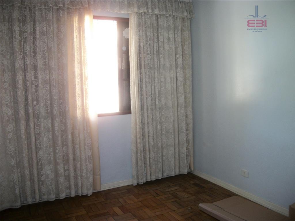 ótimo sobrado com 2 dormitórios, sala para 2 ambientes, 2 wcs, cozinha , área de serviço,...