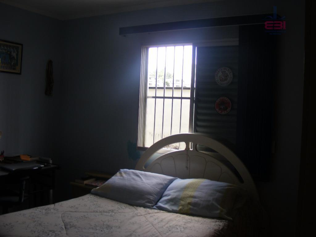 ótimo sobrado em uma travessa da avenida santa inês.com 150m², amplas dependências, 3 dormitórios sendo 1...