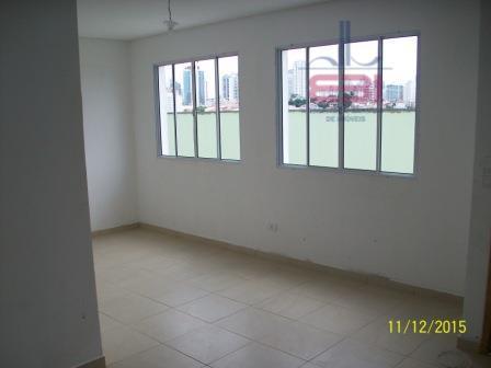 ótimo sobrado em condomínio fechado!103m², muito bem construído, com 3 dormitórios sendo 1 suíte, ampla sala,...