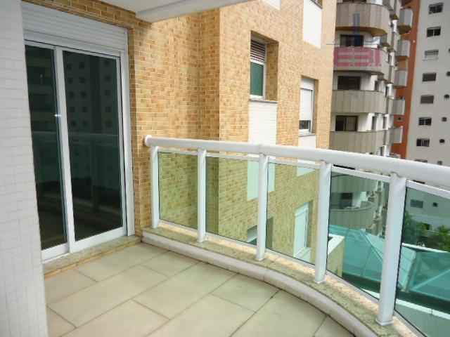 excelente apartamento com 04 dormitórios sendo 02 suítes master com closet e hidro, sala de estar...