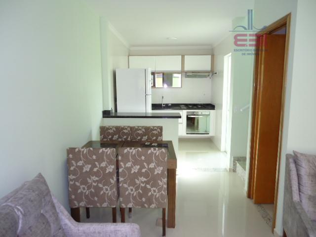 oportunidade! venha morar em um sobrado novo em condomínio fechado!com 60m², 2 suítes, sala para 2...