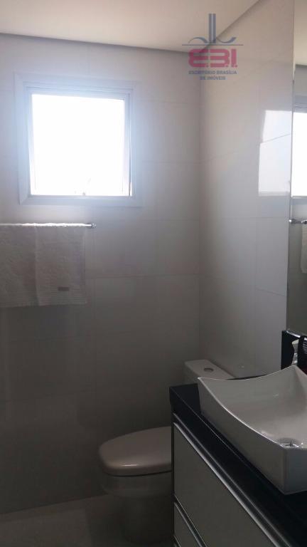 apartamento seminovo, com 78m², pronto para morar, repleto de armários, em ótimo local, a 600m do...