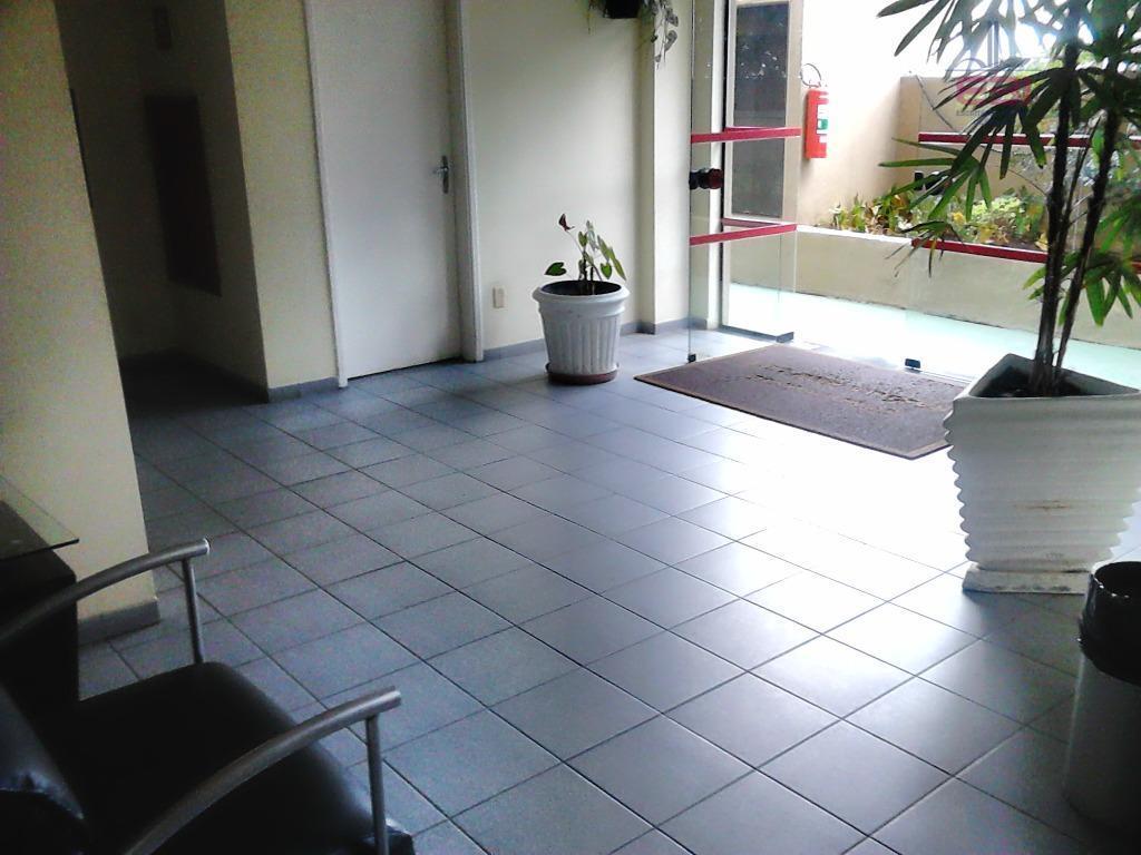 apartamento em excelente localização, próximo ao metrô parada inglesa e ao sesc santana.com 2 dormitórios com...