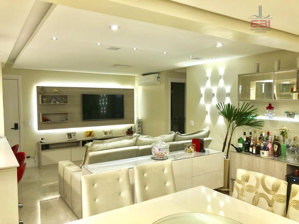 amplo apartamento com 110m², repleto de móveis planejados.com 2 dormitórios sendo 1 suíte, sala para 2...