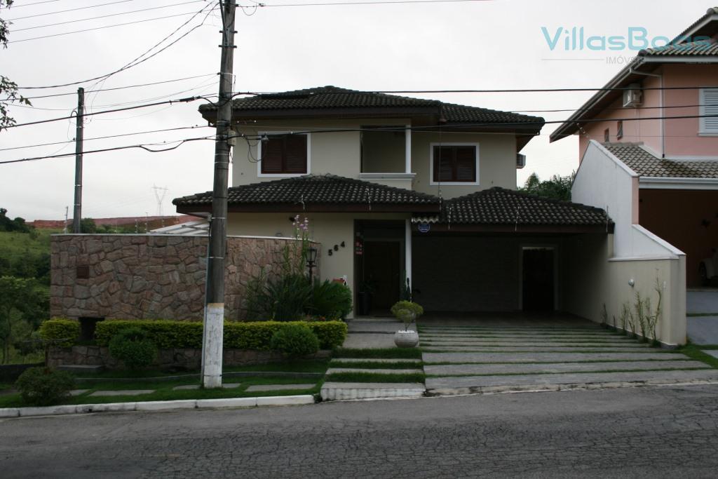 Excelente casa no Portal da Serra