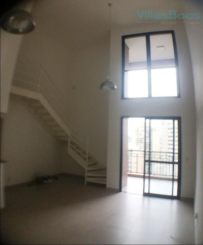 Apartamento Duplex para locação - 3 suítes repleta de armários