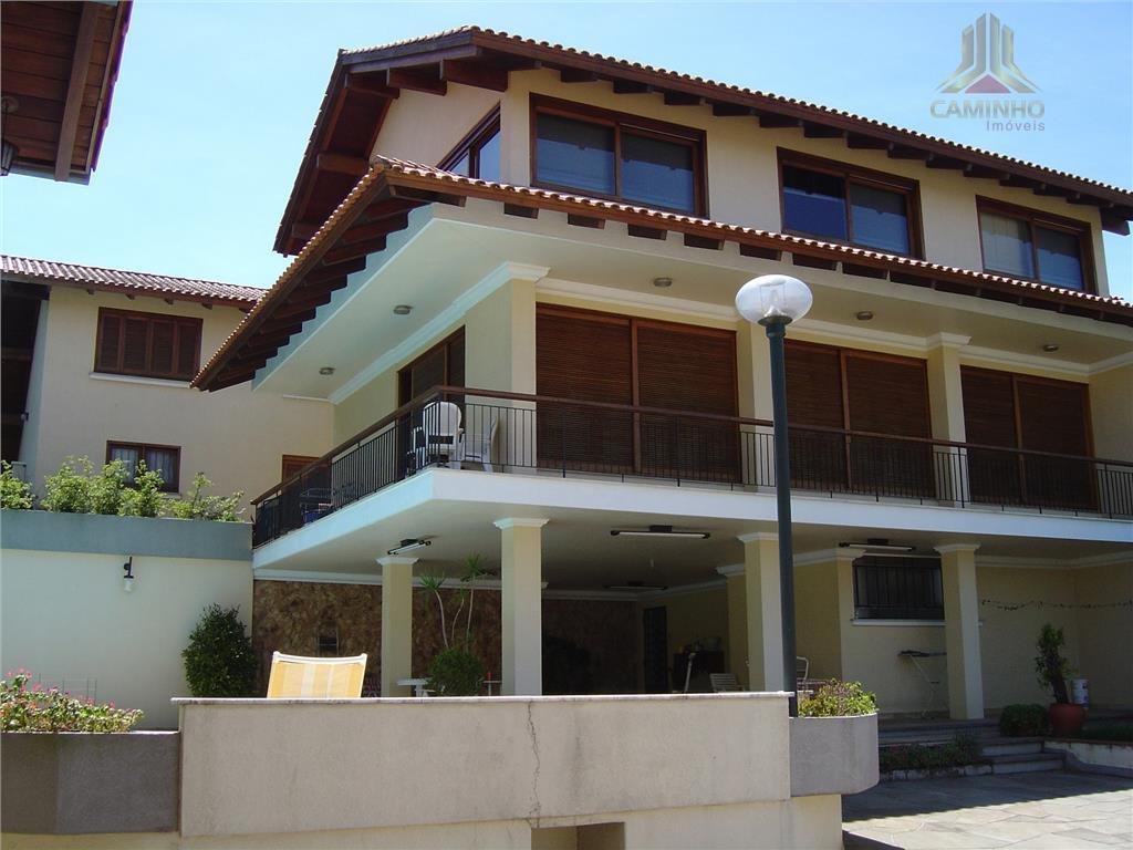 Casa residencial à venda, Três Figueiras, Porto Alegre.