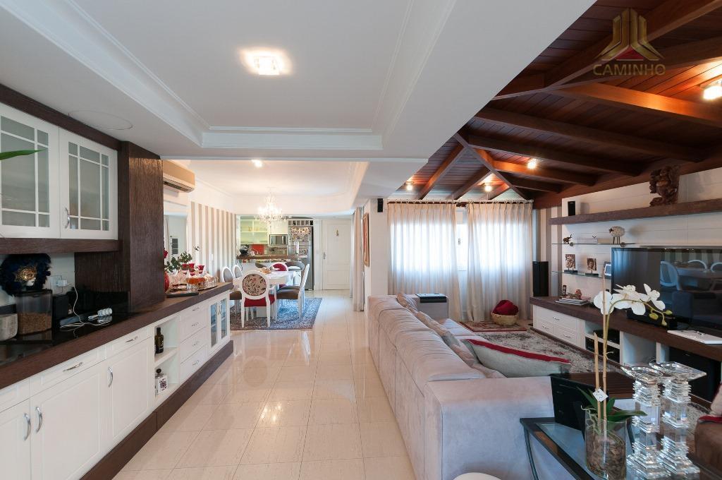 Apartamento residencial à venda, Petrópolis, Porto Alegre.