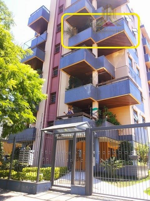 Apartamento residencial à venda, Jardim Botânico, Porto Alegre.