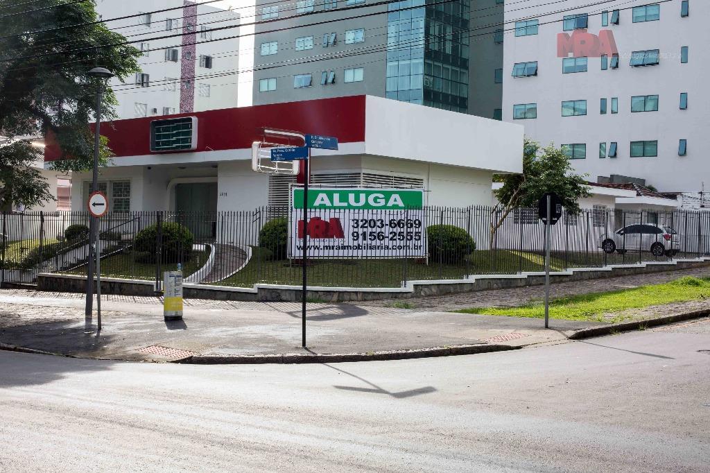 Casa comercial para locação, Água Verde, Curitiba.