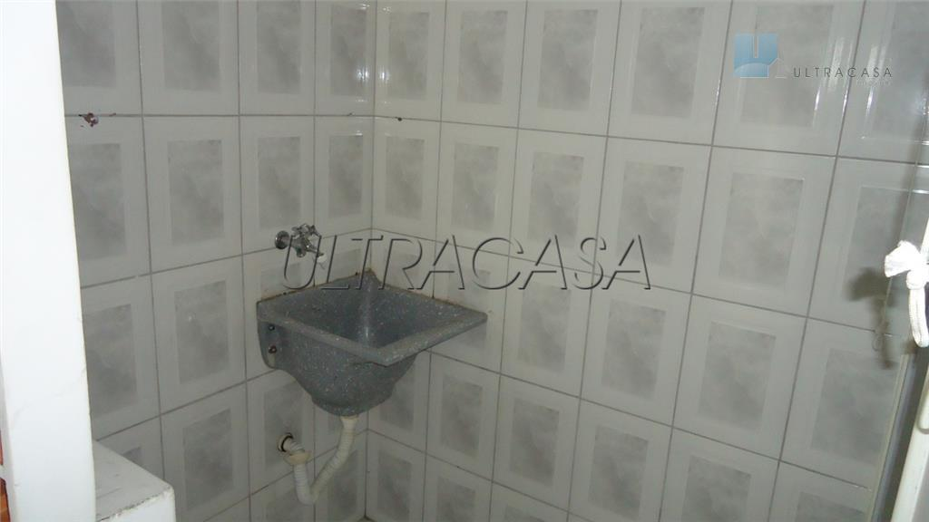 imóvel multiuso próximo do metrô saúde, com 260 m2 de construção, contendo:- 1 salão comercial de...