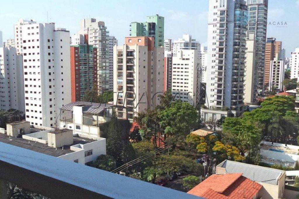 Apartamento residencial à venda, Moema, São Paulo - AP16613.
