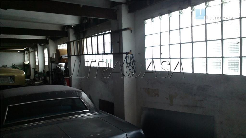 casa comercial, ótima localização, perto do metrô, com 3 salas arejadas, 4 vagas na frente e...