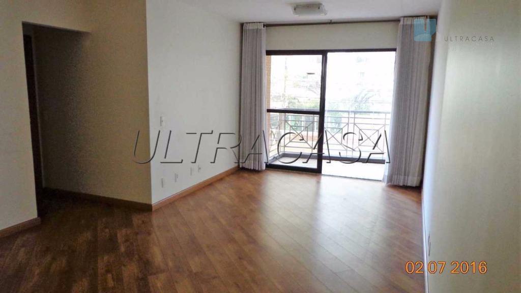 Apartamento condomínio baixo, localizado próximo a estação do Metrô  Praça da Arvore.