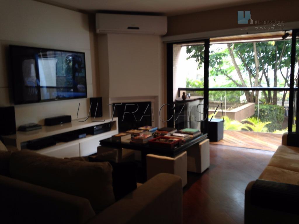 apartamento de alto padrão em moema, lado índios, fora da rota.living para 3 ambientes, lareira, terraço,...