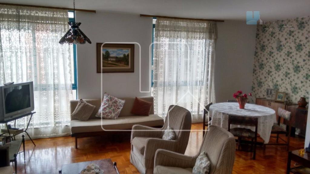Oportunidade apartamento com valor abaixo do mercado, lindo prédio imponente e muito bem localizado.