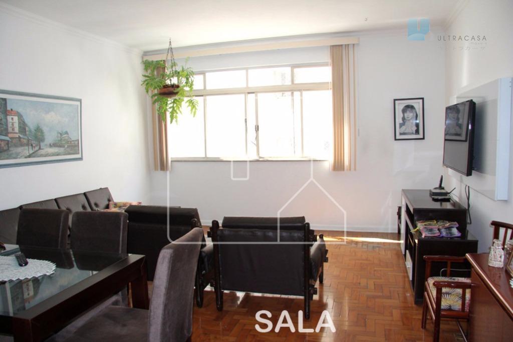 Apartamento próximo a estação do Metrô São Joaquim.