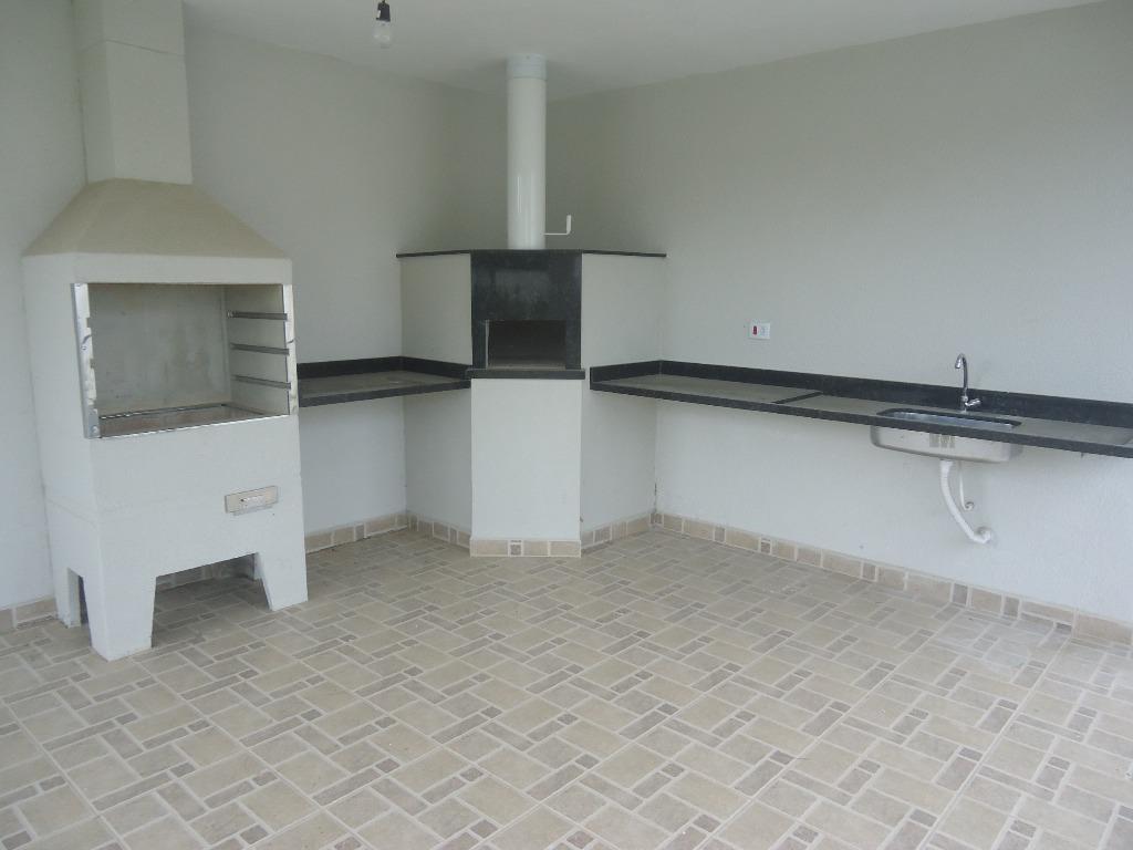 belíssima casa,pronta para morar, com 3 dormitórios,sendo 1 suíte, sala living para 2 ambientes,lavabo, cozinha, despensa,...