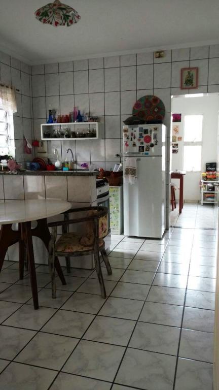 vende ou troca por casa na região da granja viana de valor superior de preferencia em...