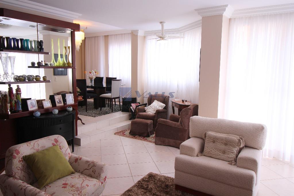 Apartamento residencial à venda, Centro, Florianópolis - AP0448.