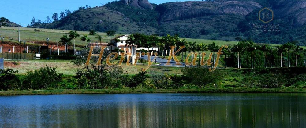 Terreno em condomínio à venda em Bragança Paulista.