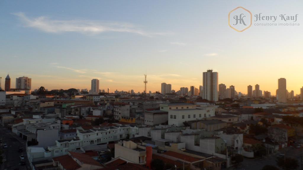 Ótimo Apartamento distante apenas 1.100m do Shopping  Anália Franco, (prédio com gerador de energia) Água Rasa, São Paulo.