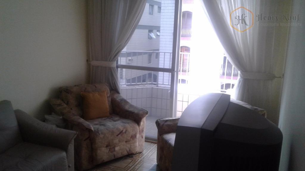 Oportunidade para investimento e lazer! Apartamento com 69m2 de a.u.- 2 dts.(1suíte) 1 vaga, Vila Guilhermina, Praia Grande.