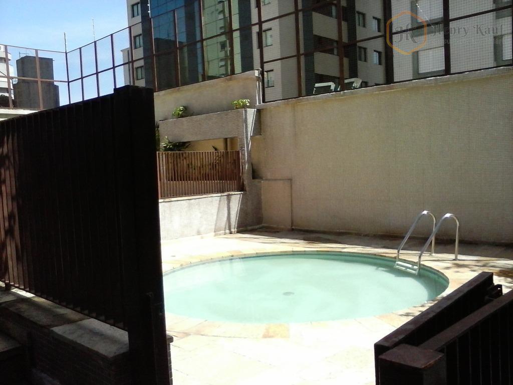 amplo apartamento com 3 dormitórios sendo 1 suíte master e com armários, living para 2 ambientes...