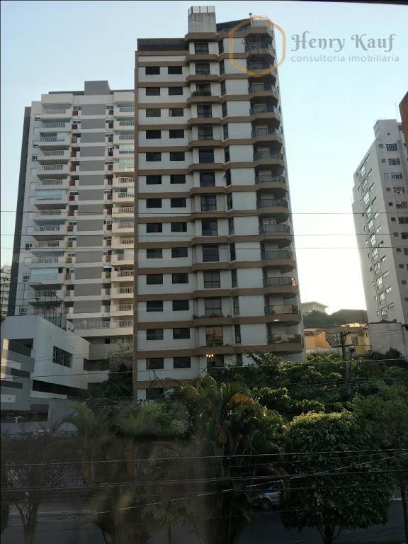 apartamento com 4 Dormitórios sendo 3 Suítes e 3 Vagas distante 1300m do Metrô Ana Rosa, Vila Mariana, São Paulo.