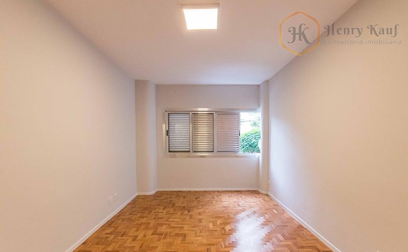 Ótimo apartamento, localizado no Santa Cecília- SP.