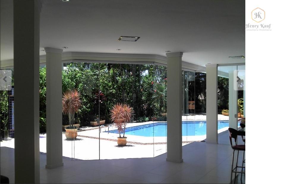 linda casa em condomínio fechado, segurança interna, ronda 24 h. exclusivo terraço interno para as 4...