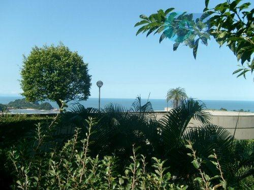casa com vista para o mar, no condomínio tijucopava, praia de são pedro - guarujá. com...