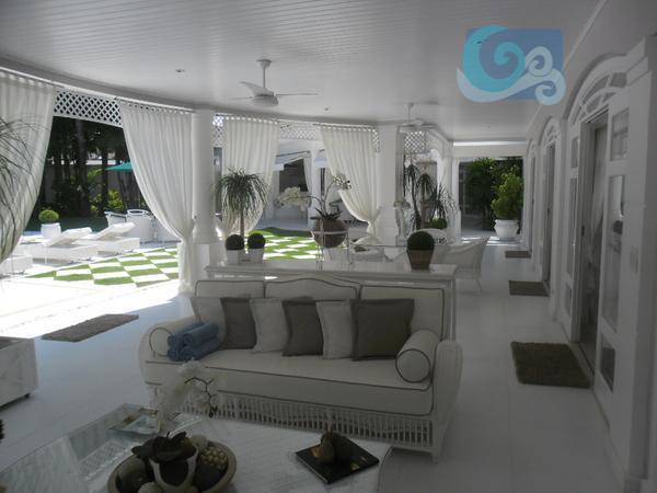 casa decorada no condomínio jardim acapulco, praia de pernambuco - guarujá, 6 suítes, amplo living para...